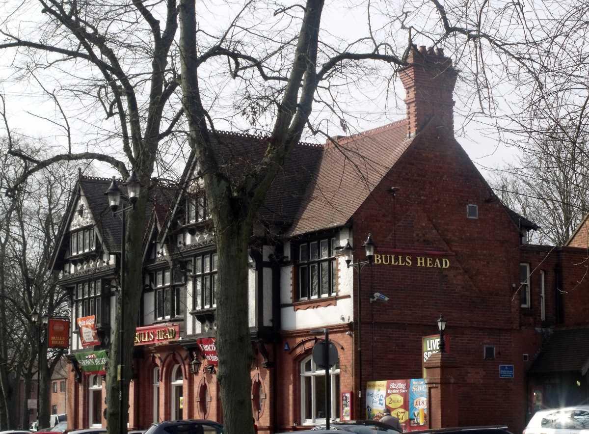 Bulls Head Kings Norton