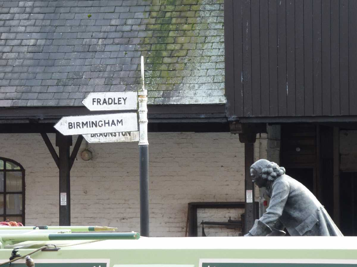 James Brindley statue at the Coventry Canal Basin