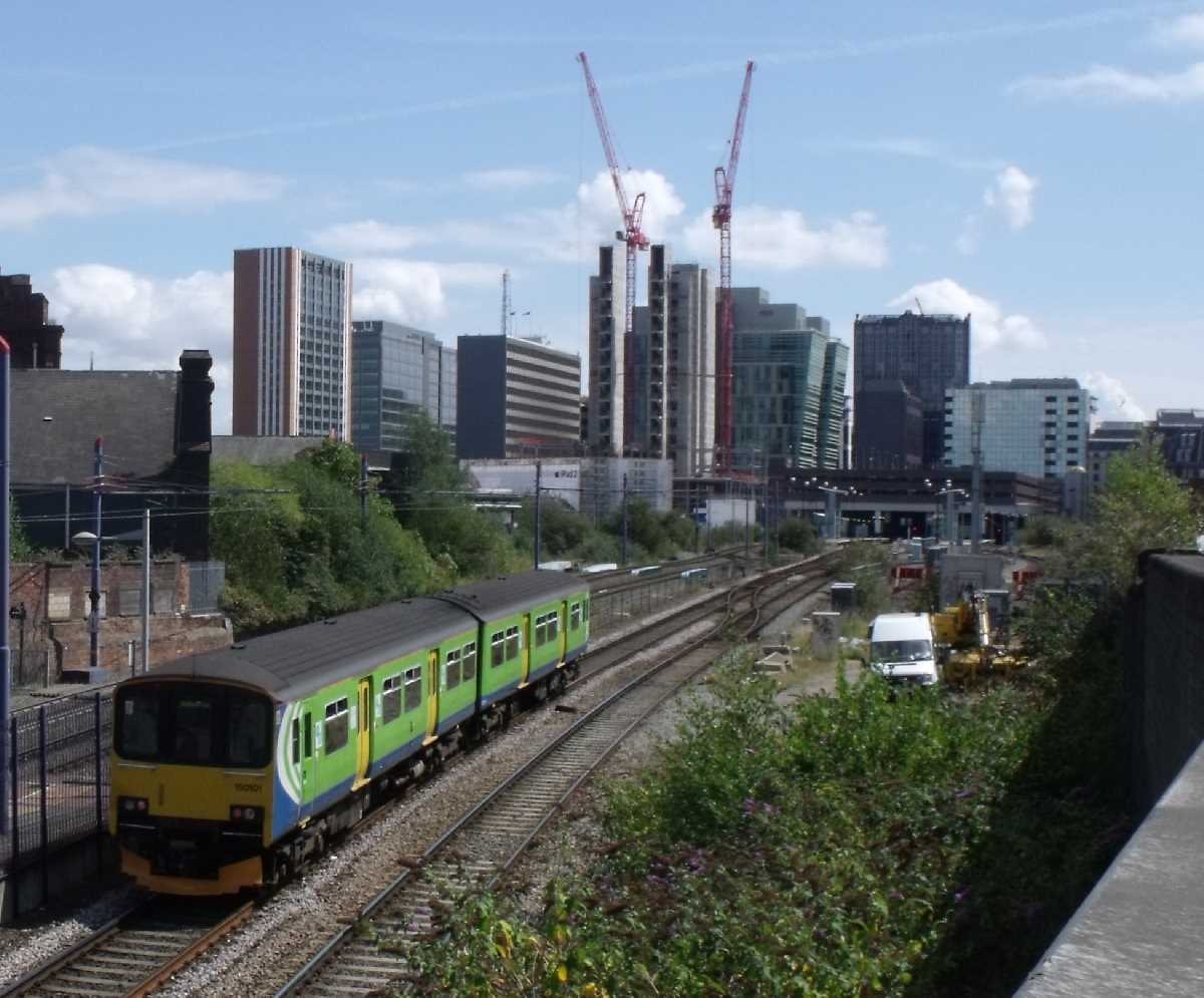 London Midland 150101 approaching Birmingham Snow Hill Station