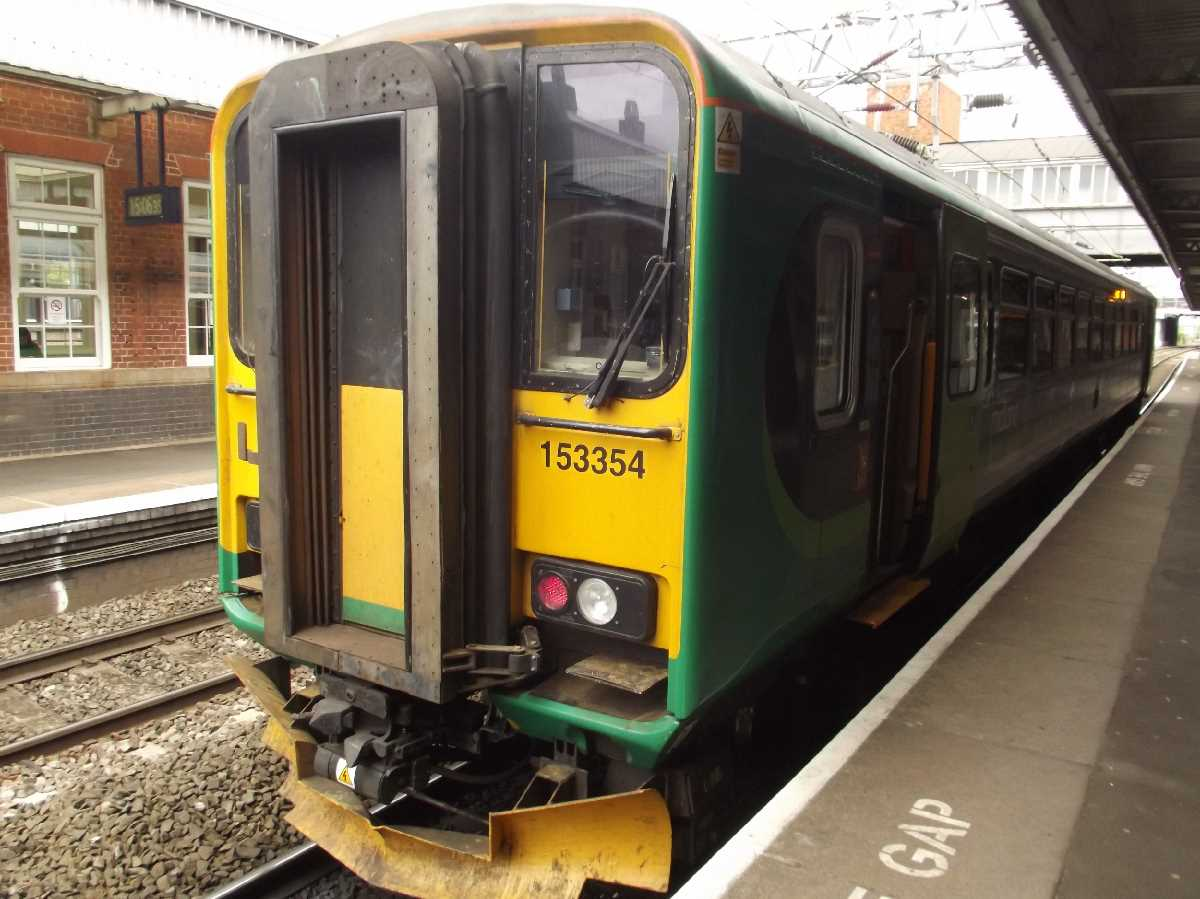 London Midland 153354 at Nuneaton Station