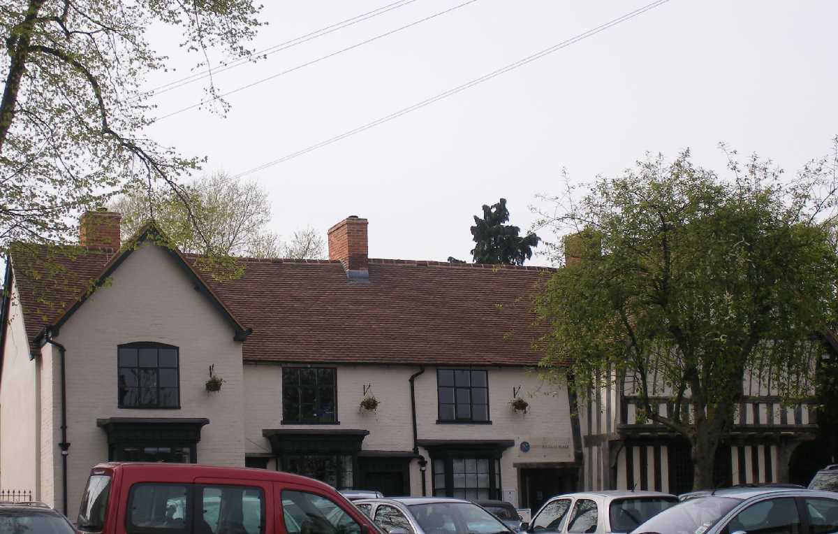 Saracen's Head Kings Norton
