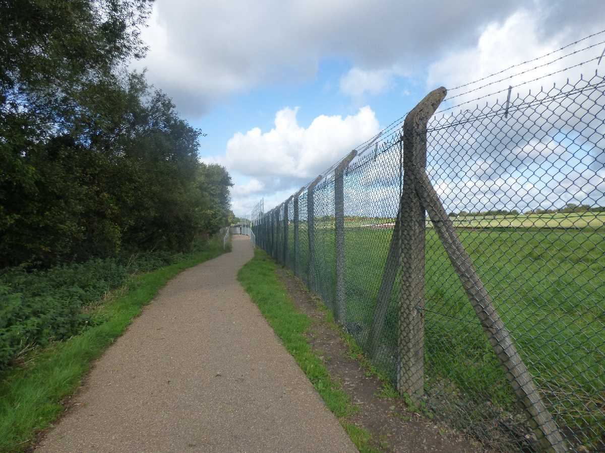 Sheldon Country Park Birmingham Airport