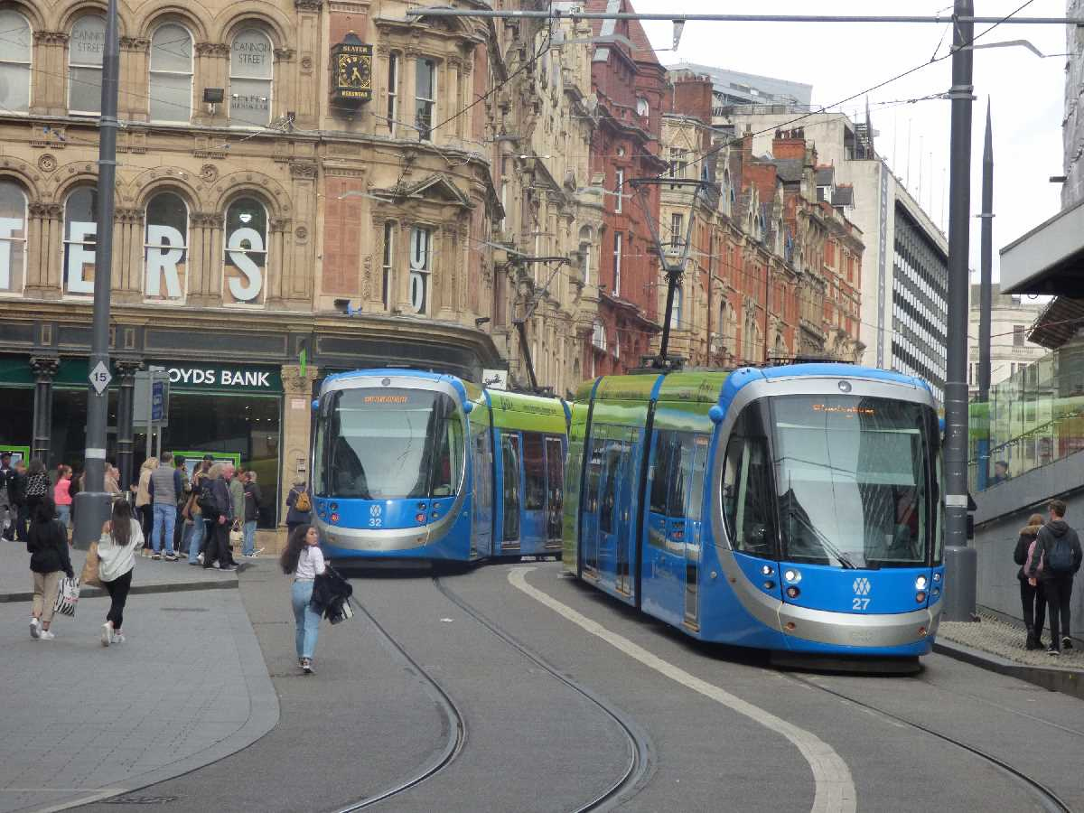 Trams 32 and 27